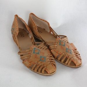 New RATIO Brazilian Leather Woven Strappy Sandals